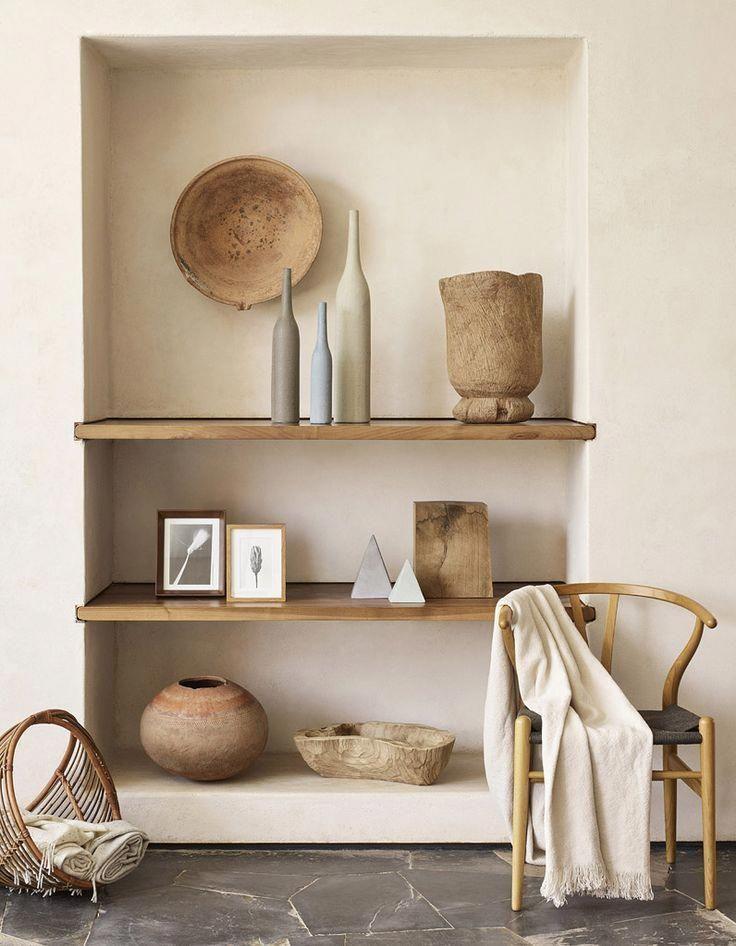 ustensiles et chaise en bois