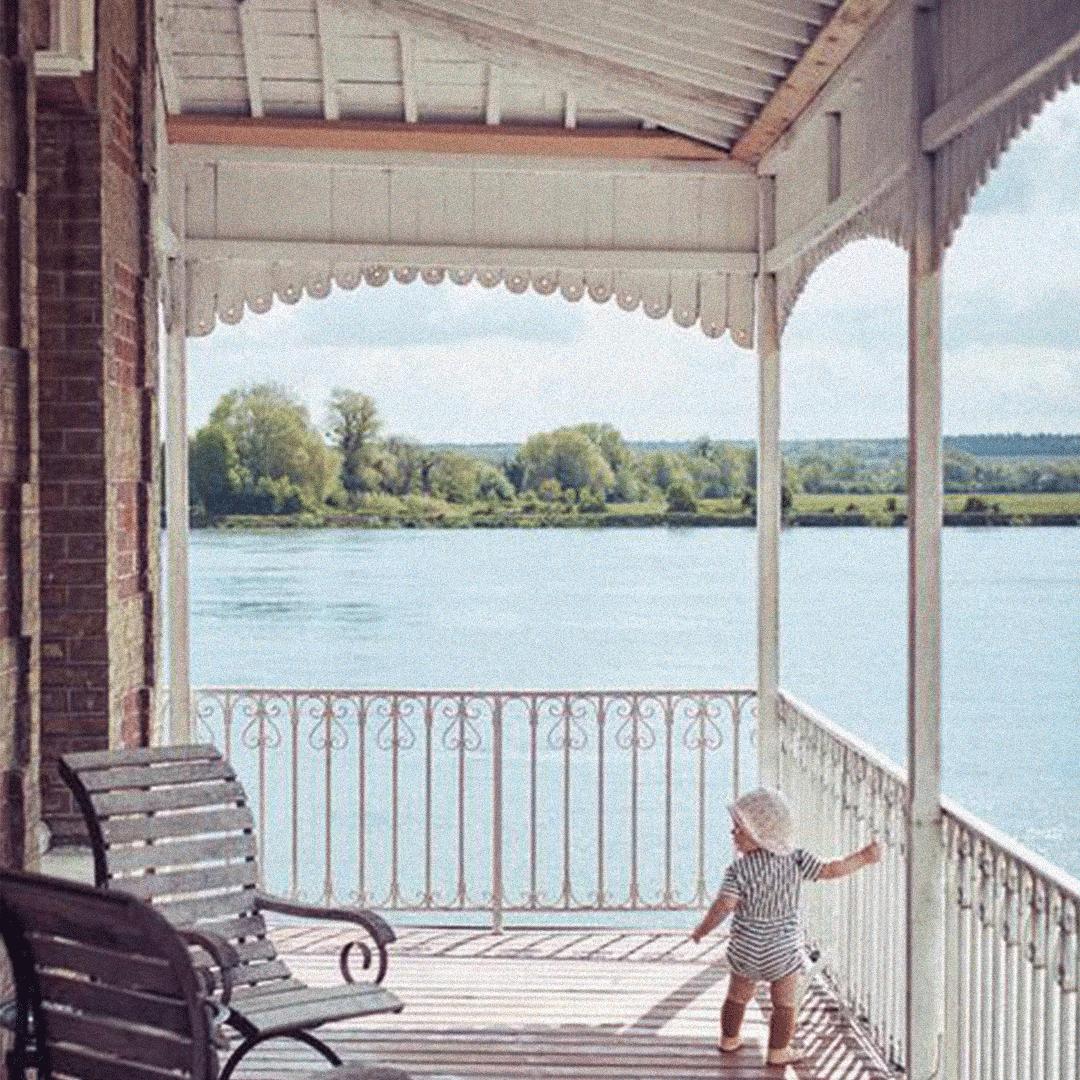 un enfant en normandie
